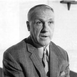 Author Bill Shankly