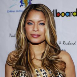 Author Blu Cantrell