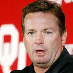 Author Bob Stoops