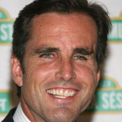Author Bob Woodruff