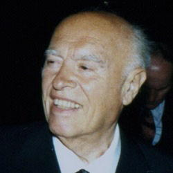 Author Carlo Ponti