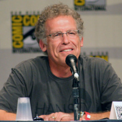 Author Carlton Cuse