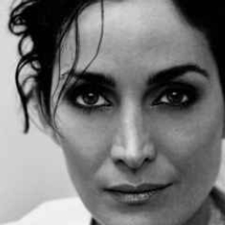 Author Carrie-Anne Moss