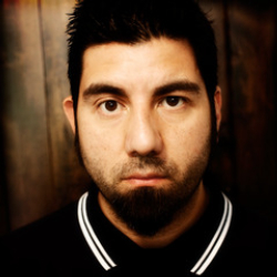Author Chino Moreno