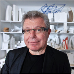 Author Daniel Libeskind