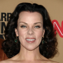 Author Debi Mazar