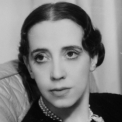 Author Elsa Schiaparelli