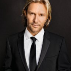 Author Eric Whitacre