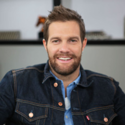 Author Geoff Stults