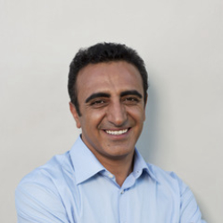 Author Hamdi Ulukaya