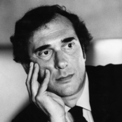 Author Harold Pinter