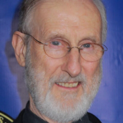 Author James Cromwell