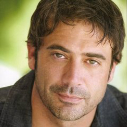 Author Jeffrey Dean Morgan