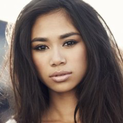 Author Jessica Sanchez