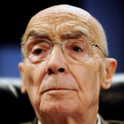 Author Jose Saramago
