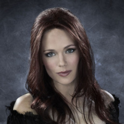 Author Katia Winter