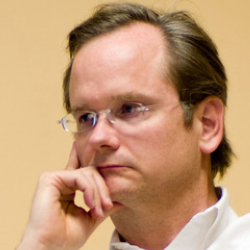 Author Lawrence Lessig