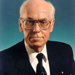 Author Lennart Meri