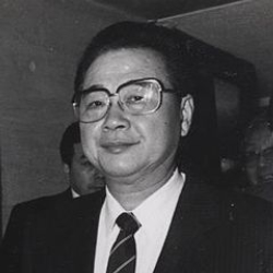 Author Li Peng