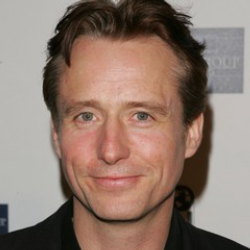 Author Linus Roache