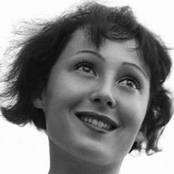 Author Luise Rainer