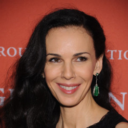 Author L'Wren Scott