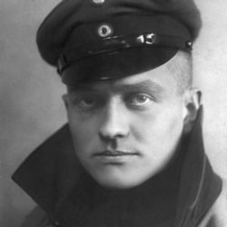 Author Manfred von Richthofen
