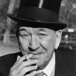 Author Noel Coward