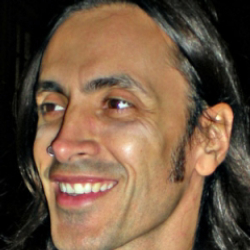 Author Nuno Bettencourt