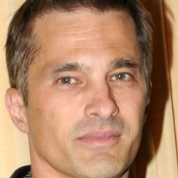 Author Olivier Martinez