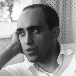 Author Oscar Niemeyer