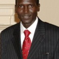 Author Paul Tergat