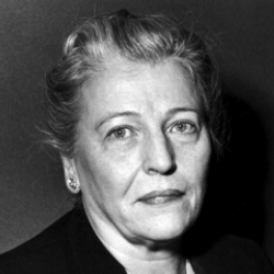 Author Pearl S. Buck