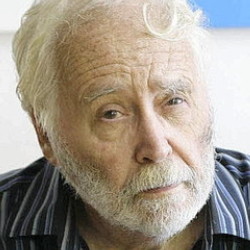 Author Robert Indiana