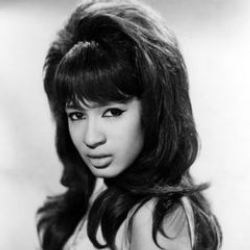 Author Ronnie Spector
