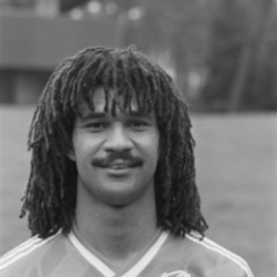 Author Ruud Gullit