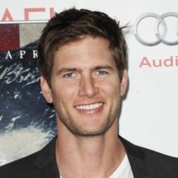 Author Ryan McPartlin