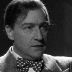 Author Sacha Guitry