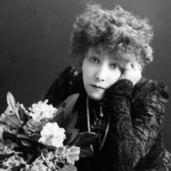Author Sarah Bernhardt