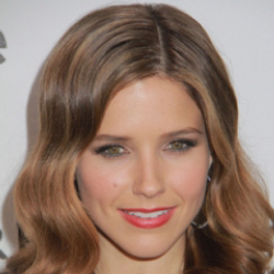 Author Sophia Bush