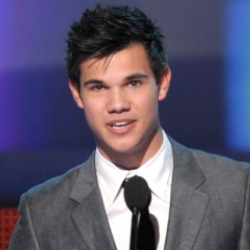 Author Taylor Lautner