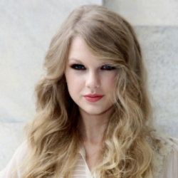 Author Taylor Swift