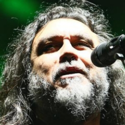Author Tom Araya