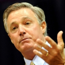 Author Tommy Bowden