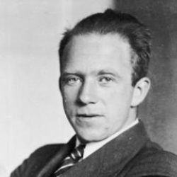 Author Werner Heisenberg